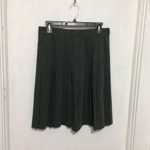 Dresses & Skirts - Sag Harbor woman's gray pleated poly rayon skirt